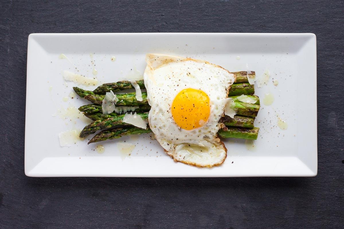 asparagus + farm egg